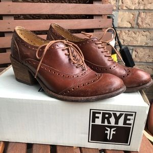 Frye Brown Leather Maggie Wingtip Shoes